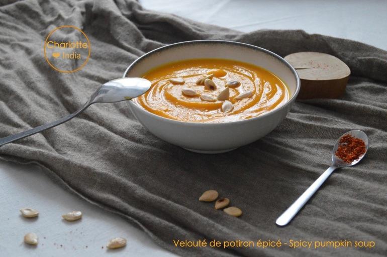 veloute_potiron_epice_pumpkin_soup_charlotteindia