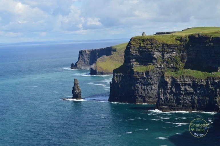 cliffs_of_moher_charlotteindia_voyage (1)