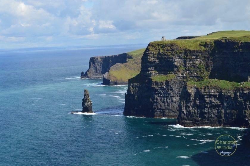 cliffs_of_moher_charlotteindia_voyage (1)